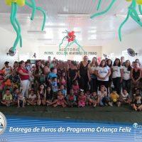 entrega-livros-projeto-crianca-assistencia-19