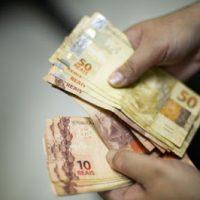 dinheiro-fotomarcelocasaljr-160818